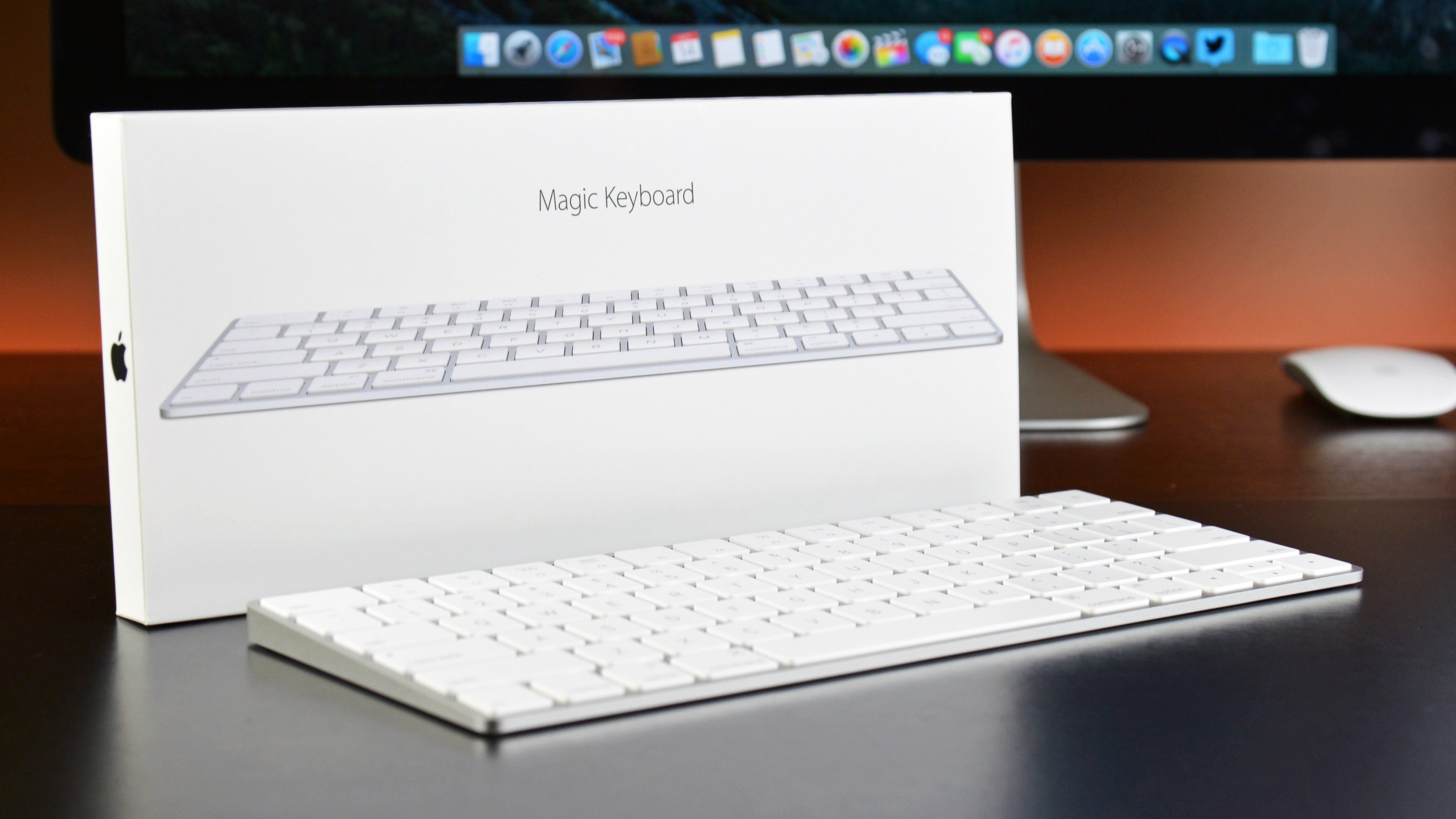 Unboxing Apple Magic Keyboard