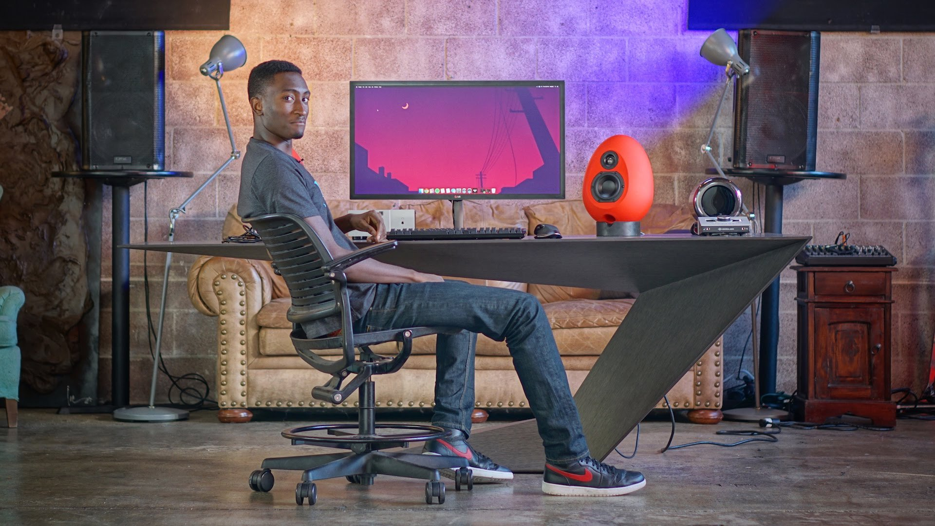 The Dream Desk 2 – MKBHD Edition!