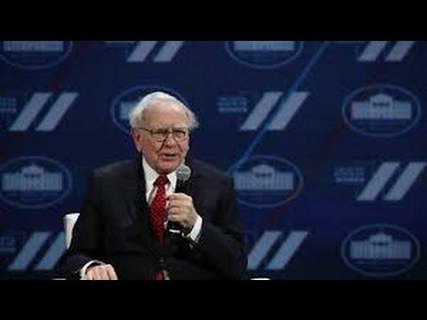 Warren Buffett Gives The Best Advice In Just Three Minutes!
